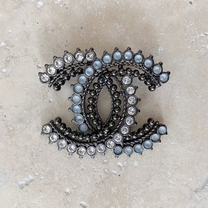 CHANEL Rhinestone Brooch